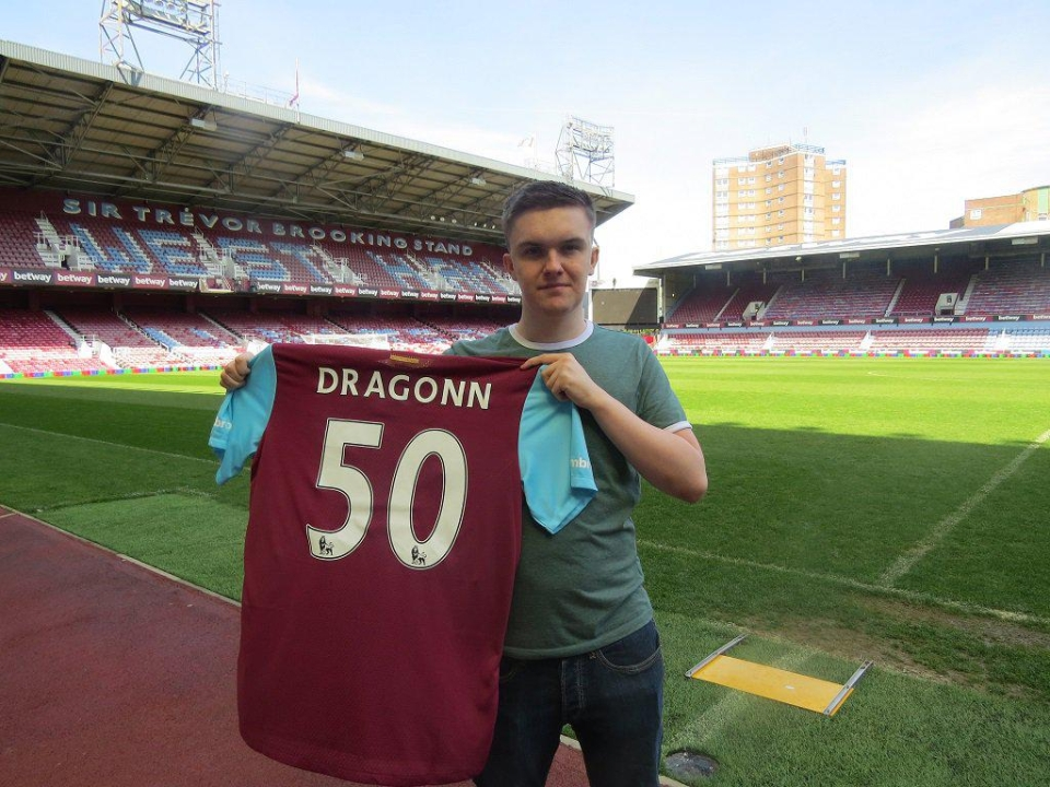 West Ham unveiled pro eSports player Sean 'Dragonn' Allen, who has represented the club on FIFA 18