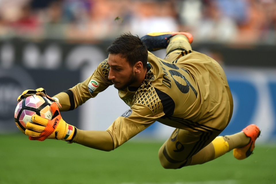 Donnarumma is the second youngest goalkeeper ever to debut in Serie A
