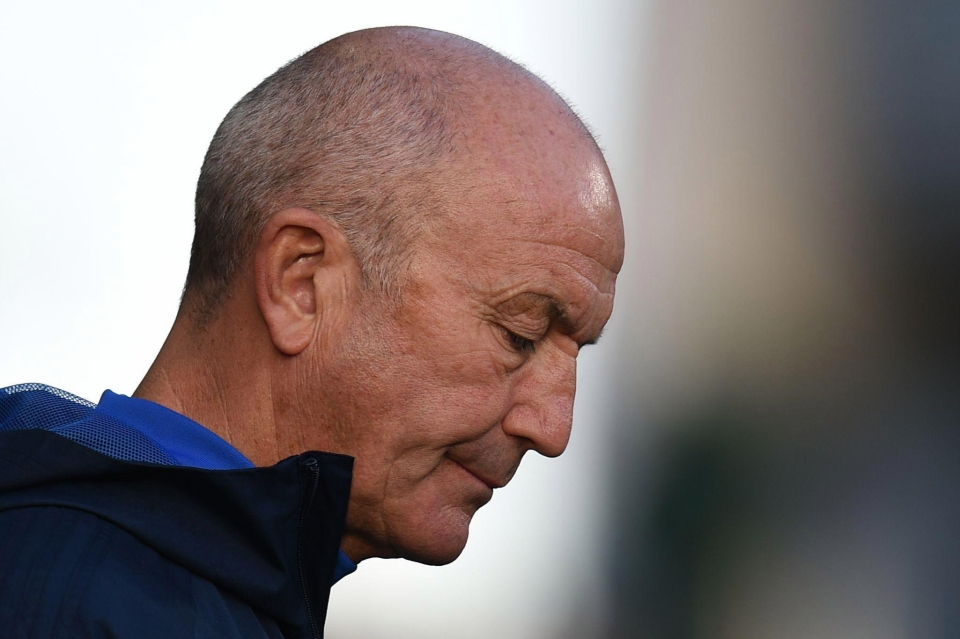 Pulis and West Brom lost at Huddersfield