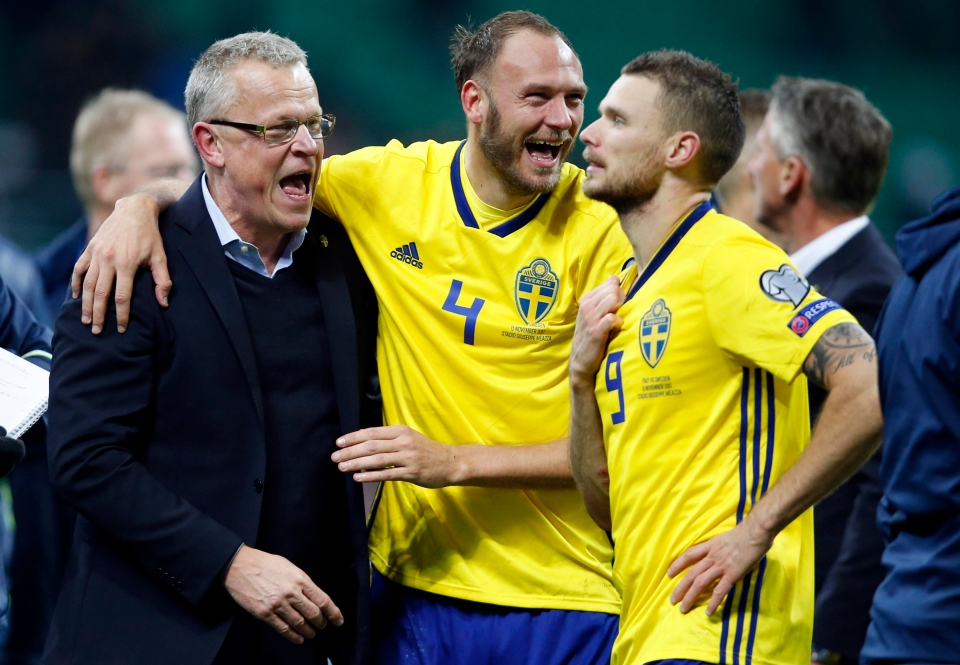 Janne Andersson celebrates with his players
