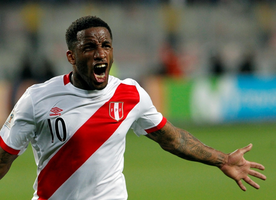 Jefferson Farfan celebrates his goal in the play-offs