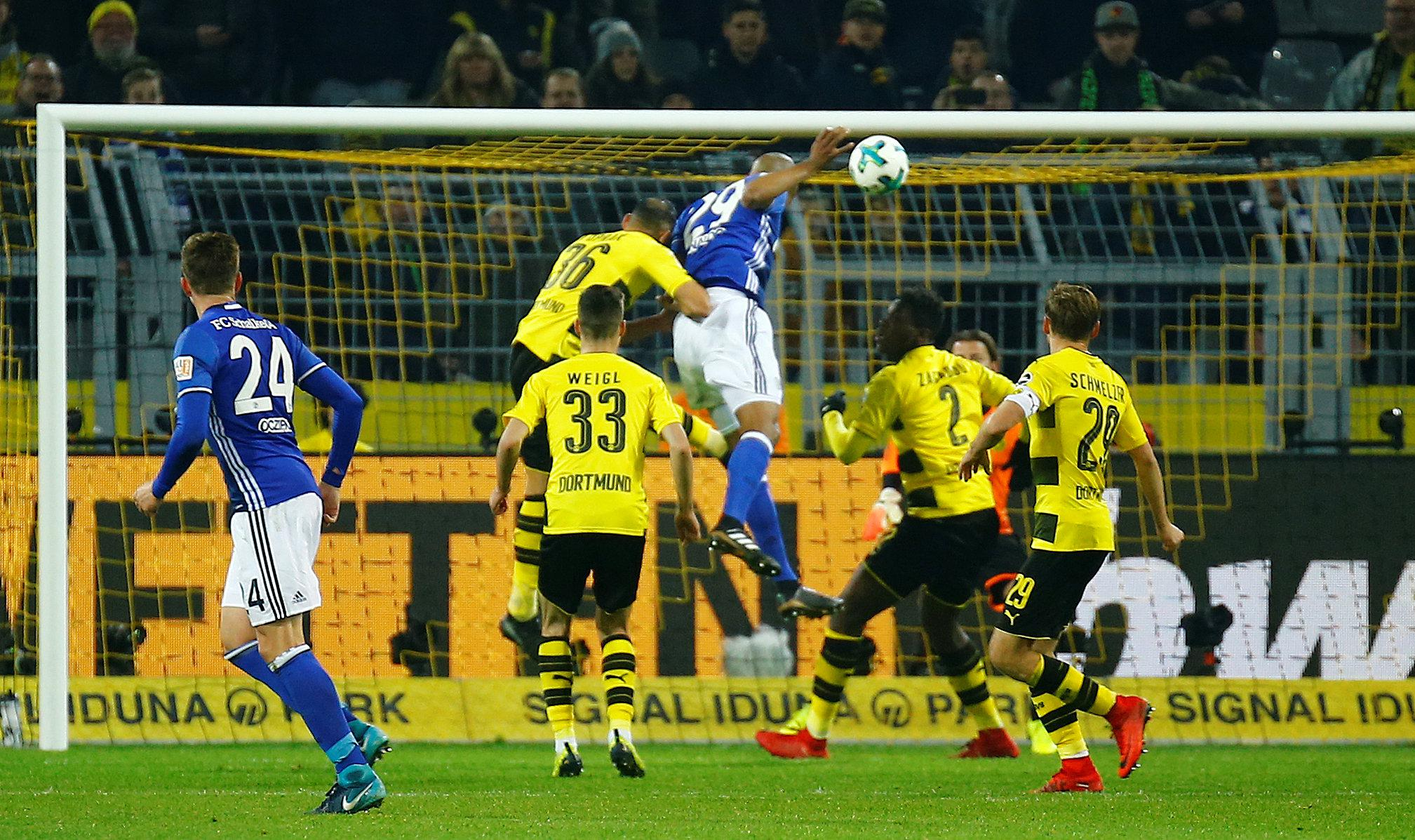 Naldo rises to secure an improbable 4-4 draw against Borussia Dortmund