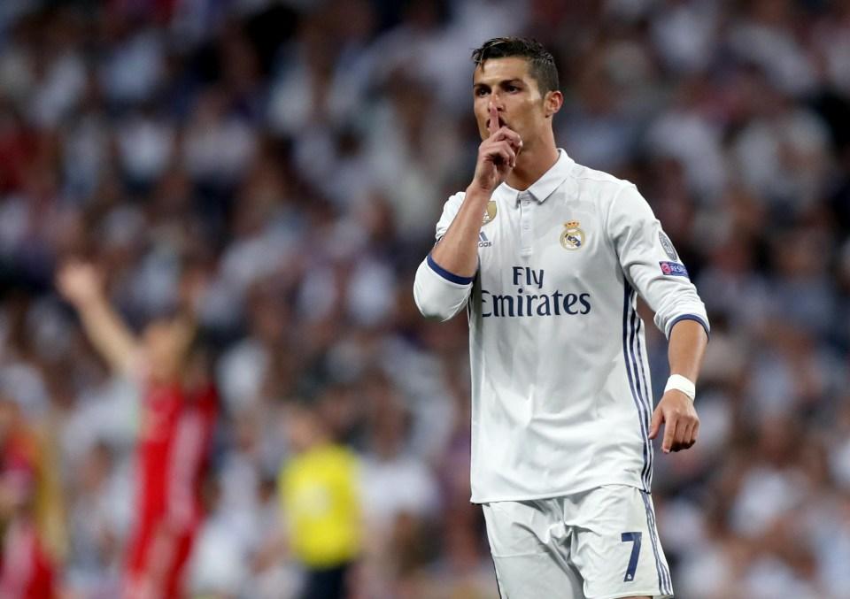 Here's Ronaldo shushing me midway through an article