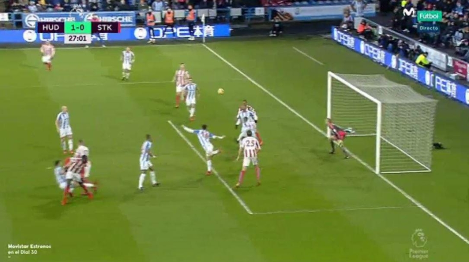 And floated towards Choupo-Moting at the back post