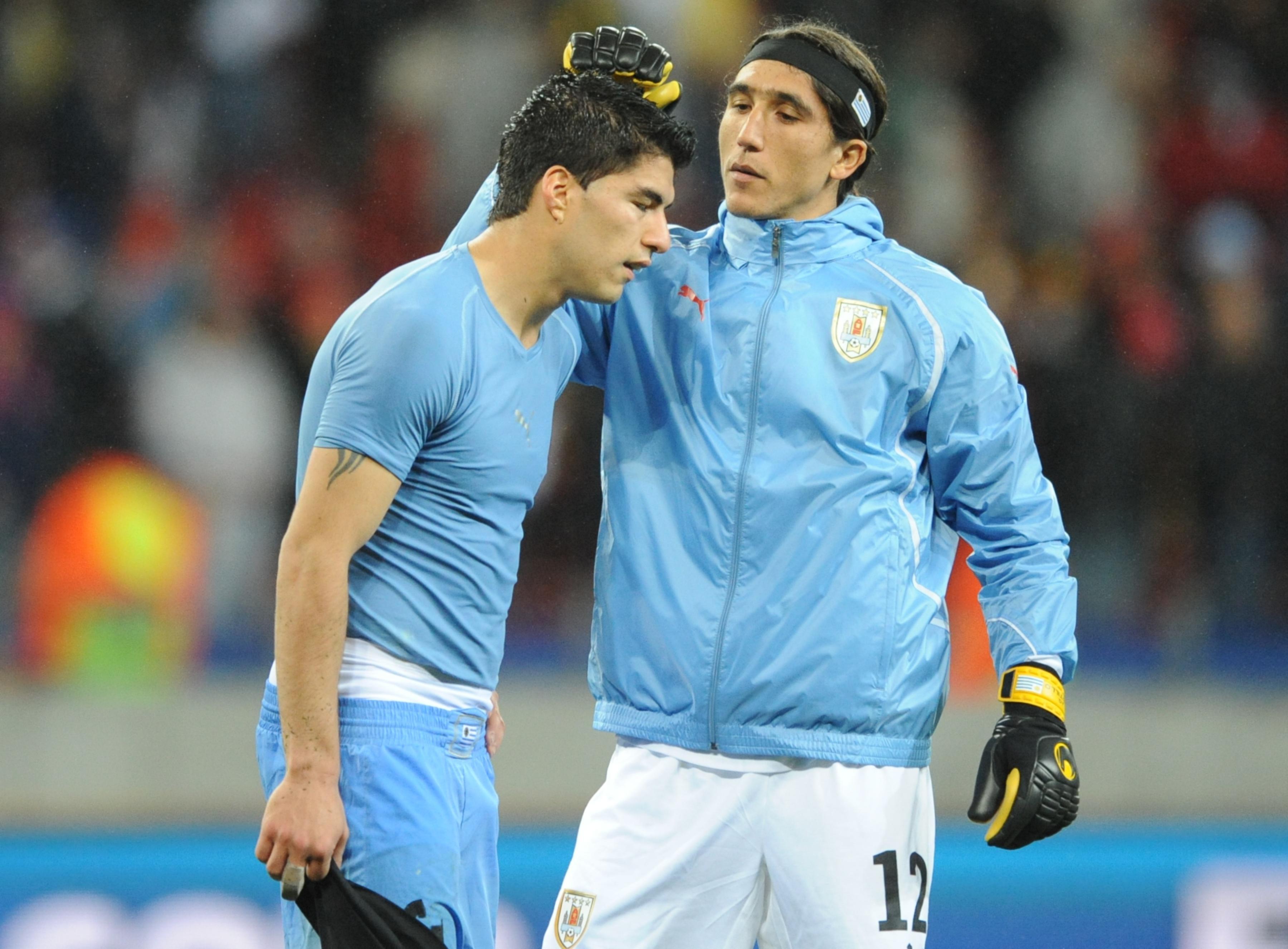 Suarez with Castillo