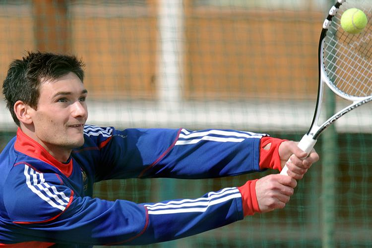 Lloris gave up a promising tennis career to take over the reigns at PSG, where he became their most successful manager in history