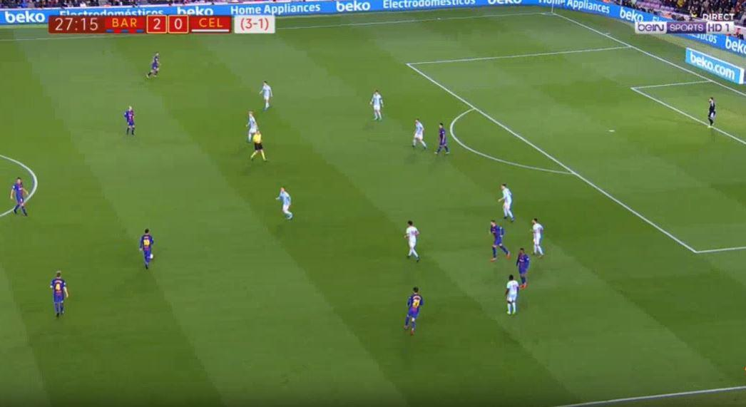 Messi collects the ball in a deep position
