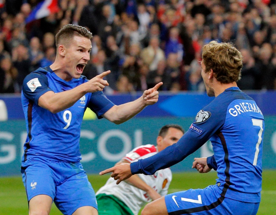 Gameiro is team-mates with Griezmann at club and international level