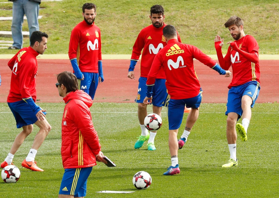 There's plenty of attacking options available to Spain