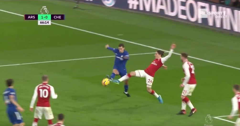 Bellerin kicks Hazard's foot with minimal force