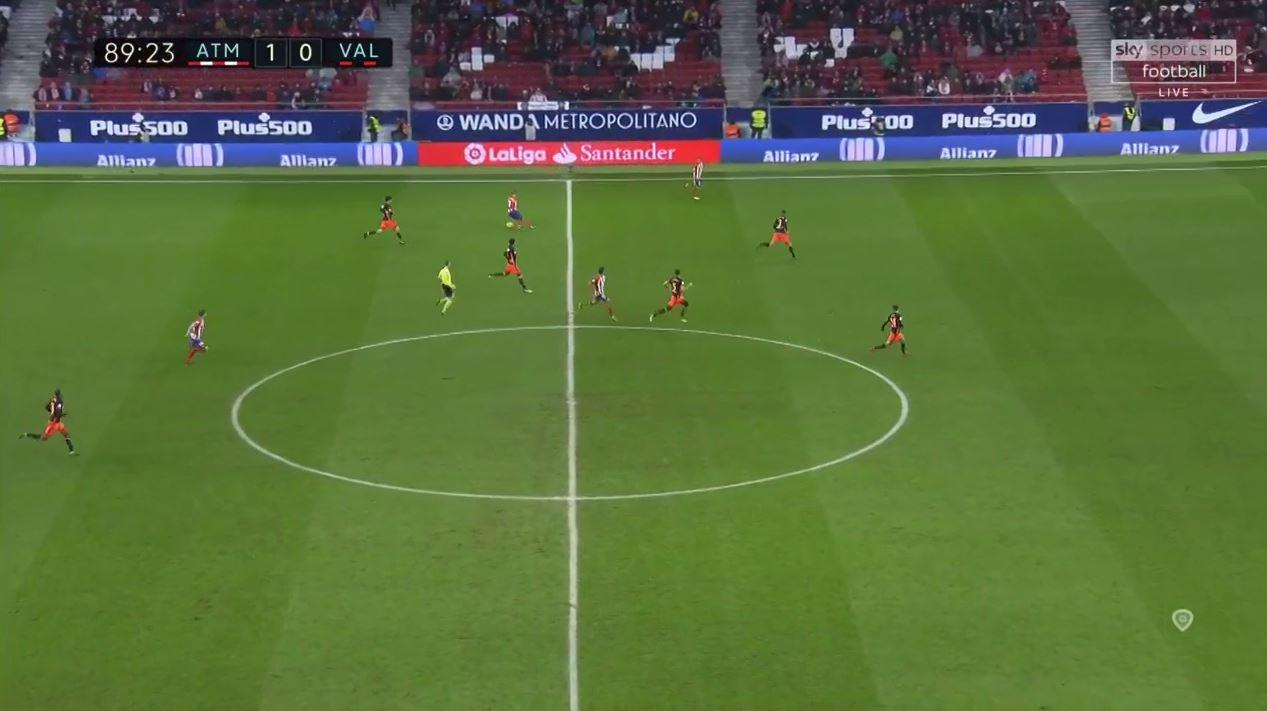 But Griezmann decided not to risk giving the ball away