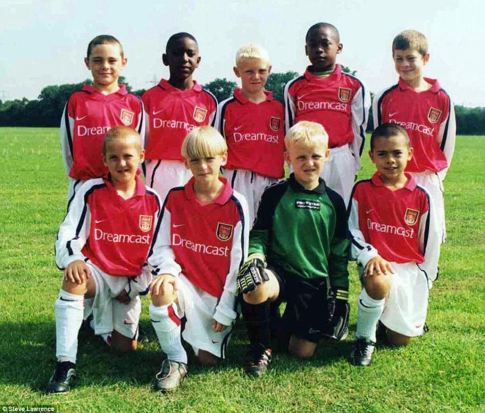 Kane (bottom, left) played for the Gunners in his youth