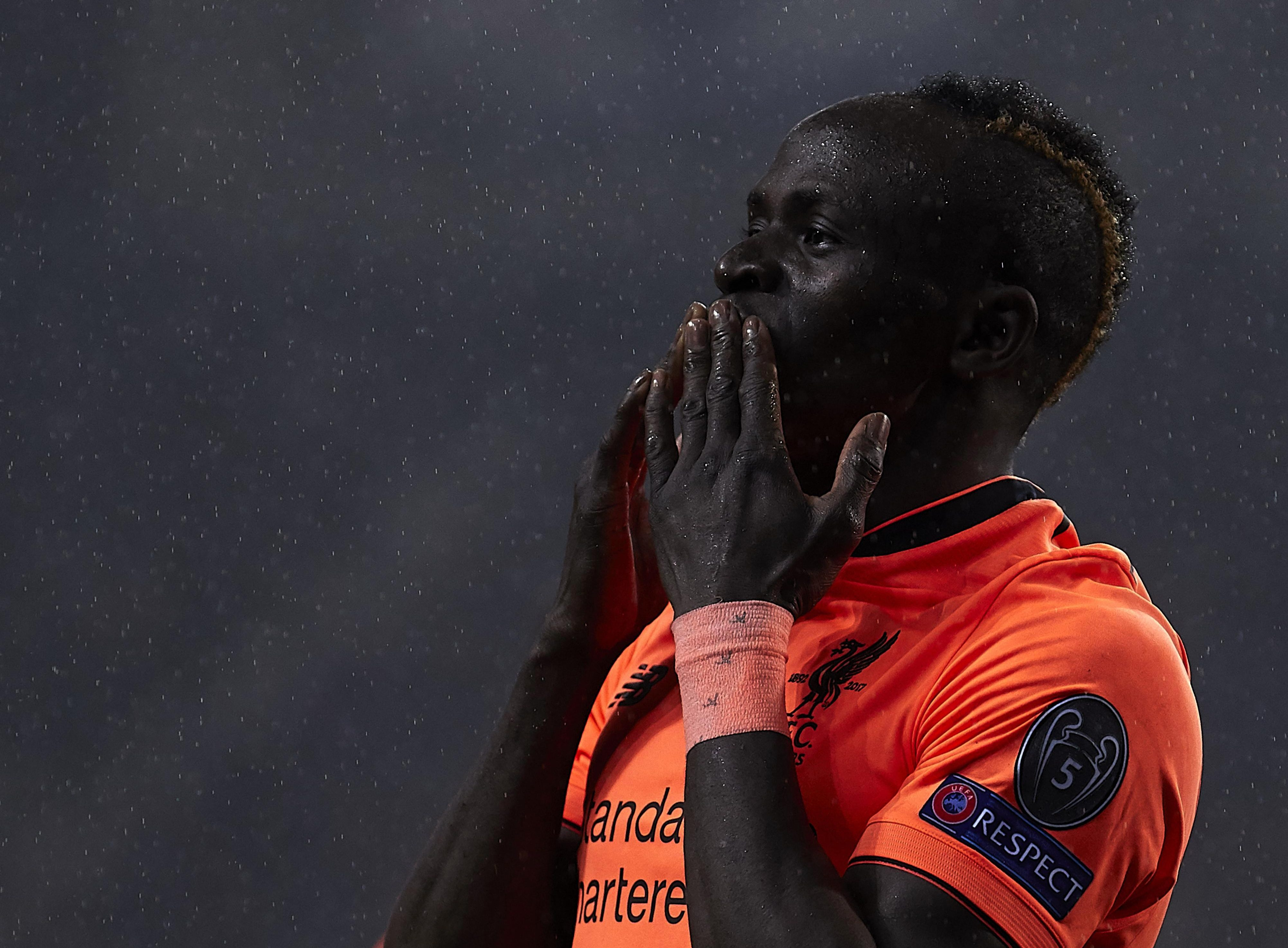 Mane salutes the crowd after his treble