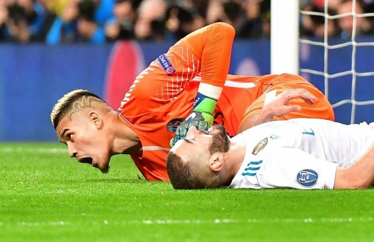 Benzema was caught sleeping on the pitch against PSG