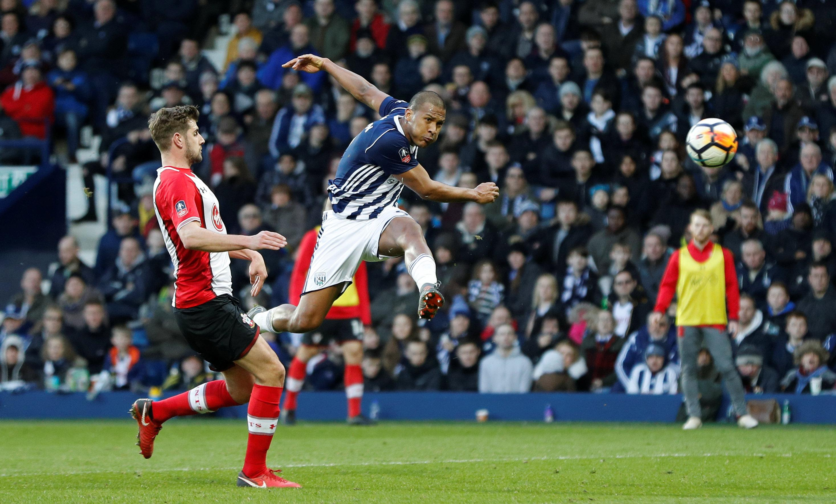 Rondon's scorching volley bagged Anna 8 crucial points