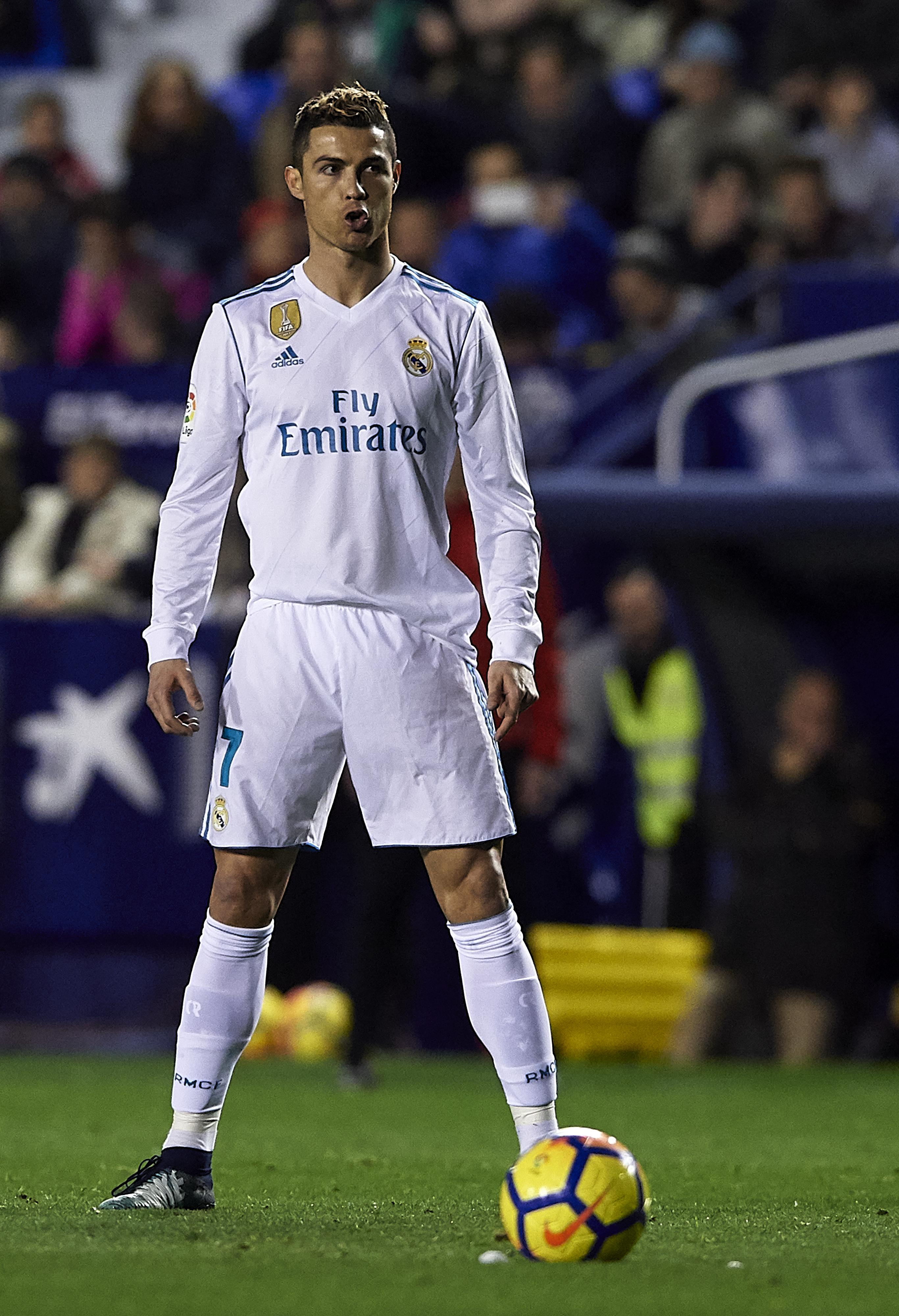 And of course, there's the famous Ronaldo stance