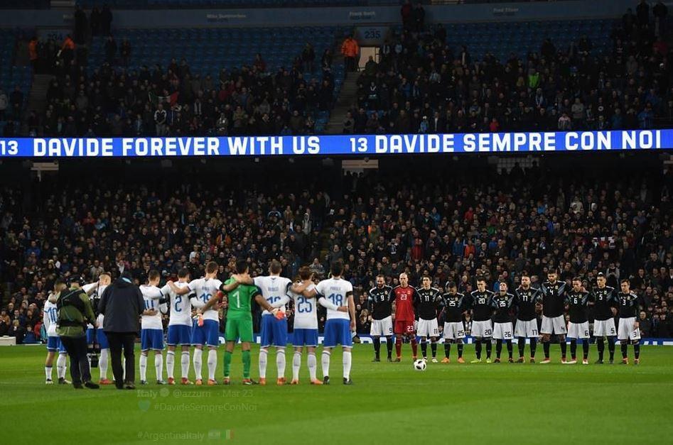 Astori's team pay their respects