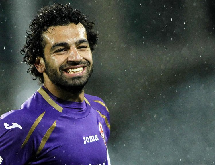 Give us your biggest smile, Mo