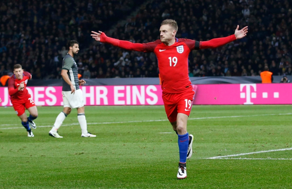 Harry Kane is the Golden Boy but Vardy is the People's Champ