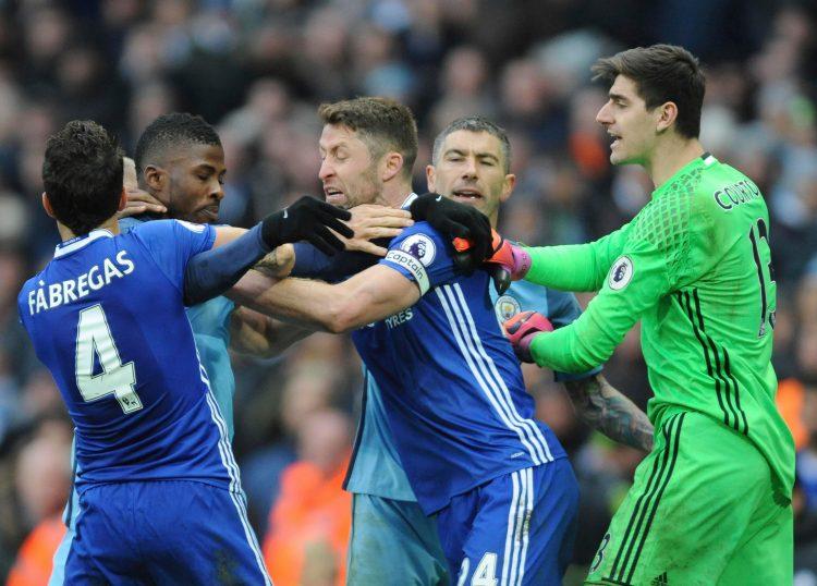 Cahill defending Luiz's honour