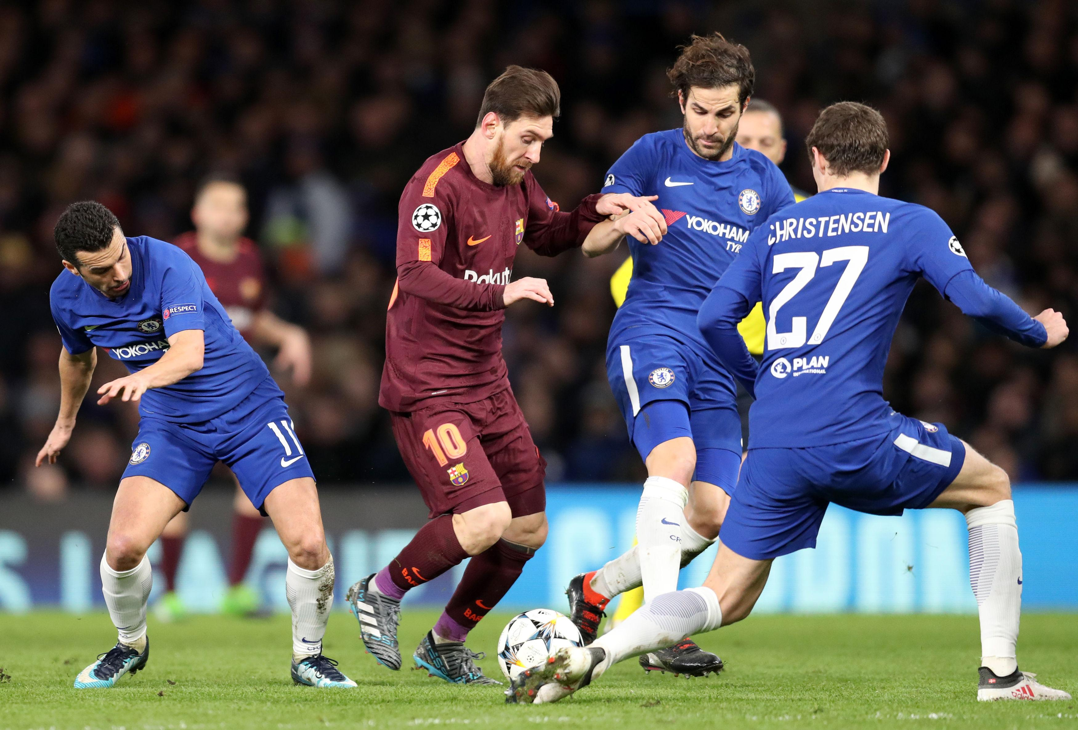 Messi showed his initiative against Chelsea