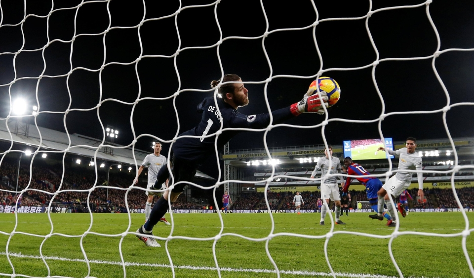 The No 1's show-stopping save from Christian Benteke kept the momentum with United