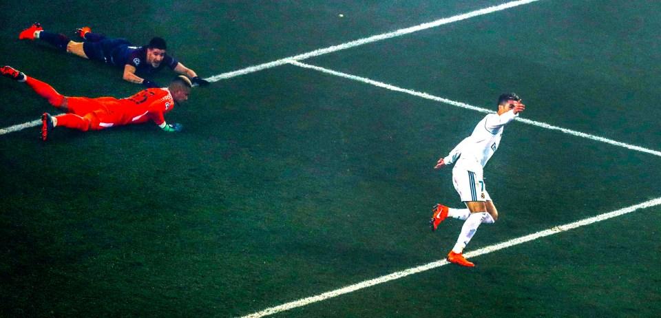 Ronaldo celebrates scoring the opener at the Parc des Princes