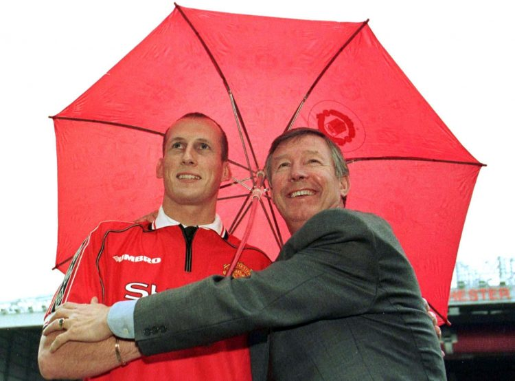 The rain is scared of falling on Jaap Stam