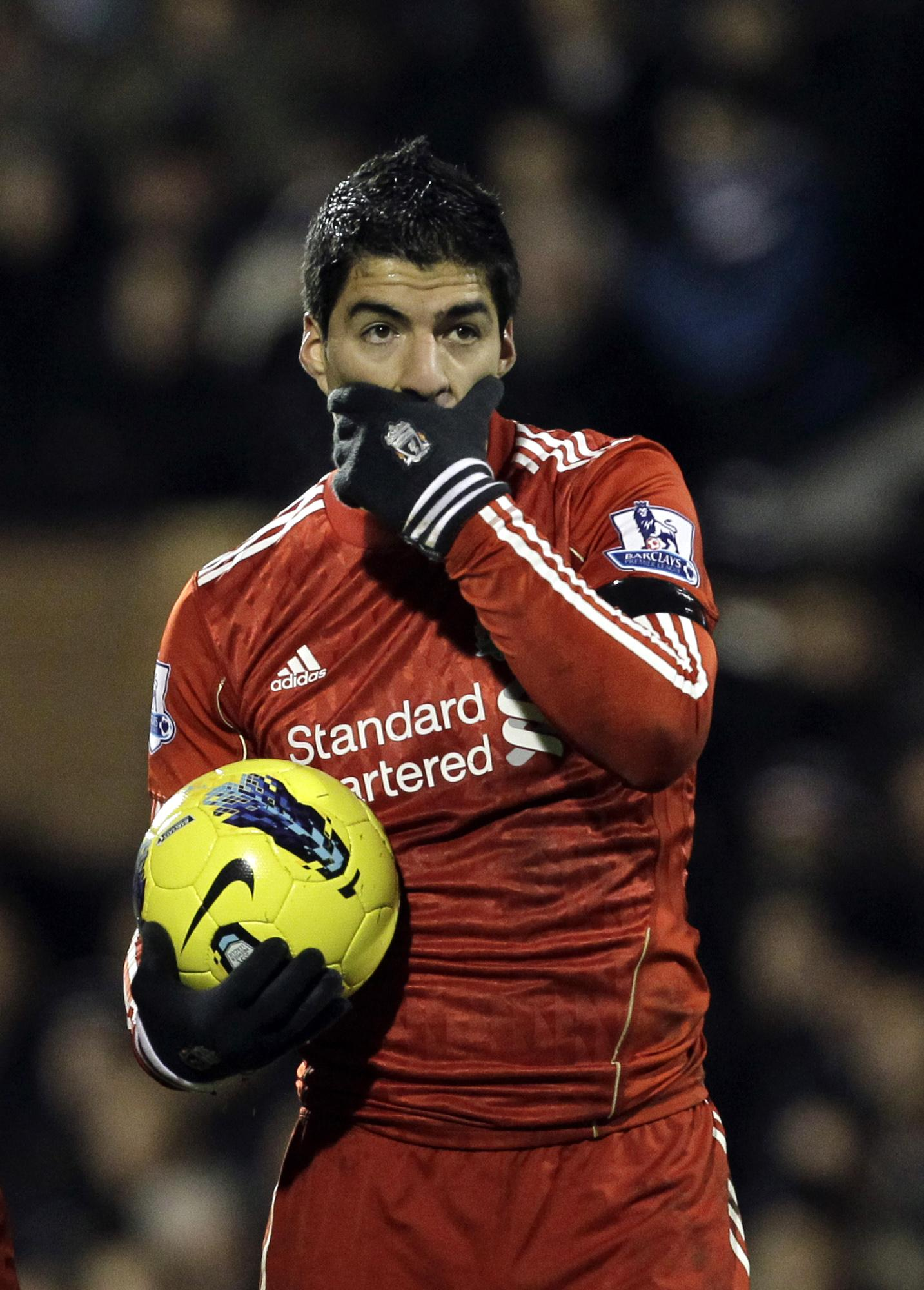 Did Suarez invent Paulo Dybala's celebration?