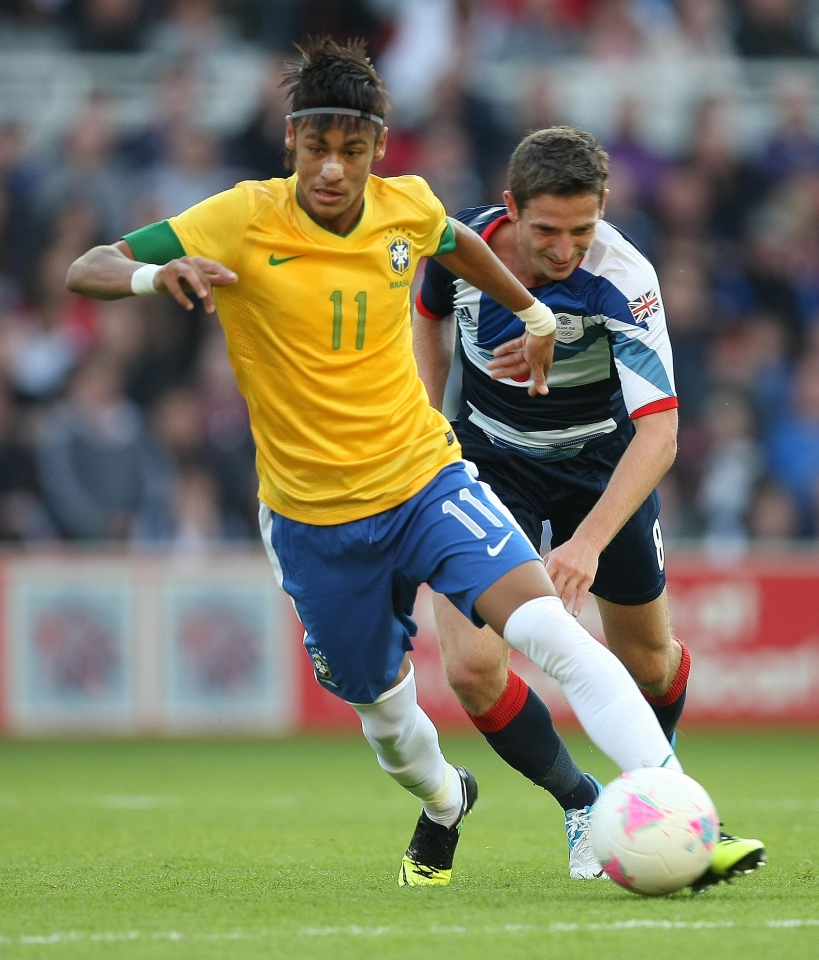 A friendly before the tournament… Neymar's career has gone somewhat better than Allen's since