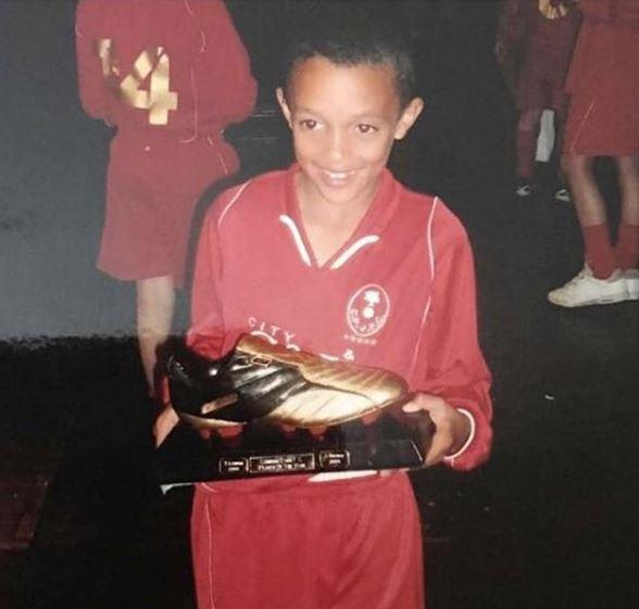 A young TAA collects an award