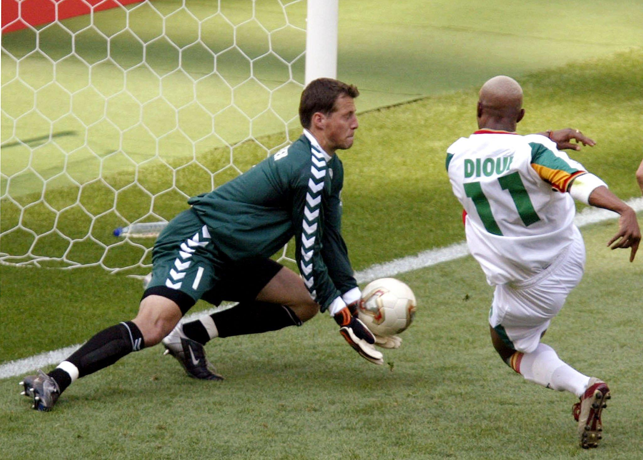We all lost our s**t over El Hadji Diouf in 2002