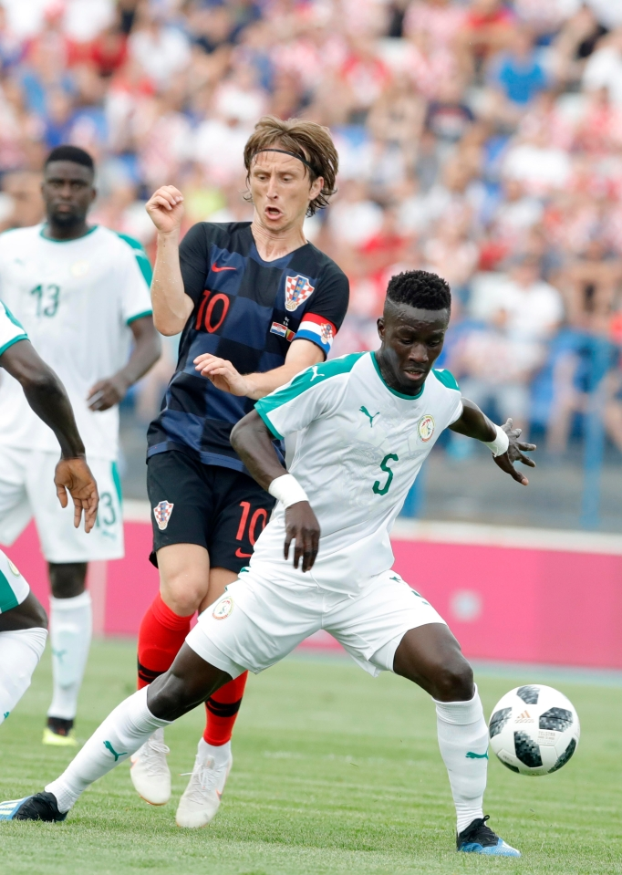 Gueye's persistent interceptions clearly frustrate Luka Modric
