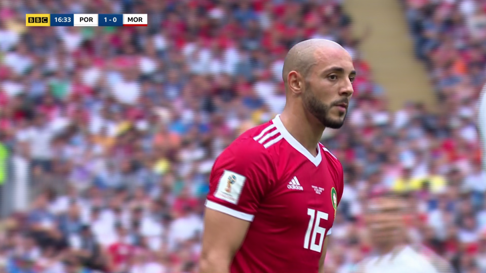 Amrabat played the rest of the first-half without the head-wear