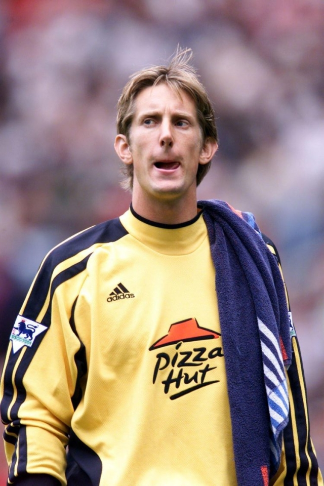 TFW you realise you've left Juventus for a club sponsored by Pizza Hut