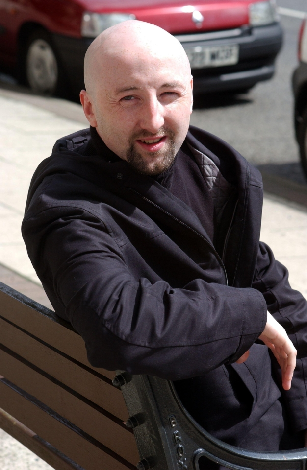 Here's a Fabian Barthez lookalike from 2002