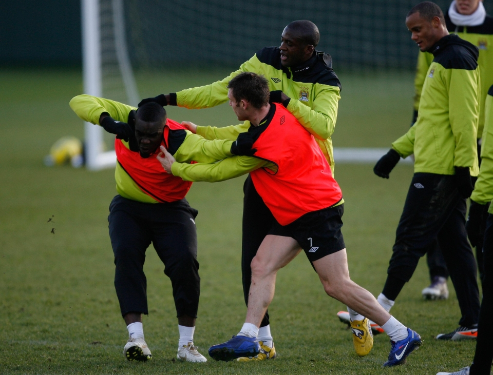 Team-mates separate Richards and Balotelli