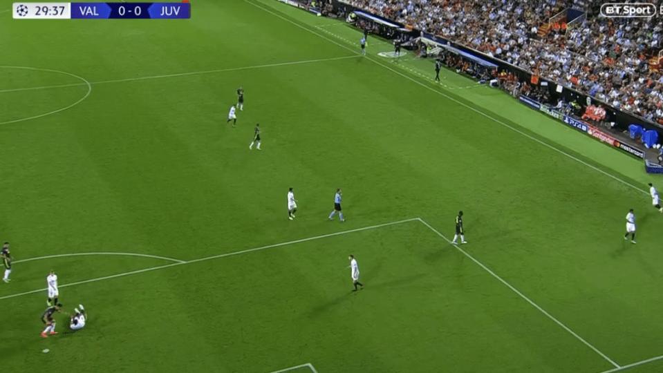Ronaldo and Murillo clash (bottom left)
