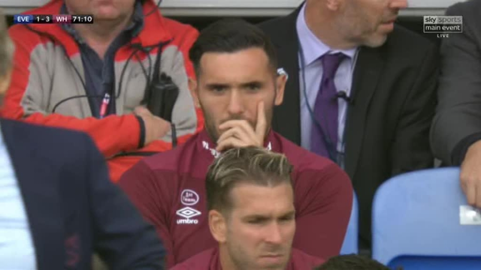 Lucas Perez reportedly refused to warm up for West Ham during the second half at Goodison Park