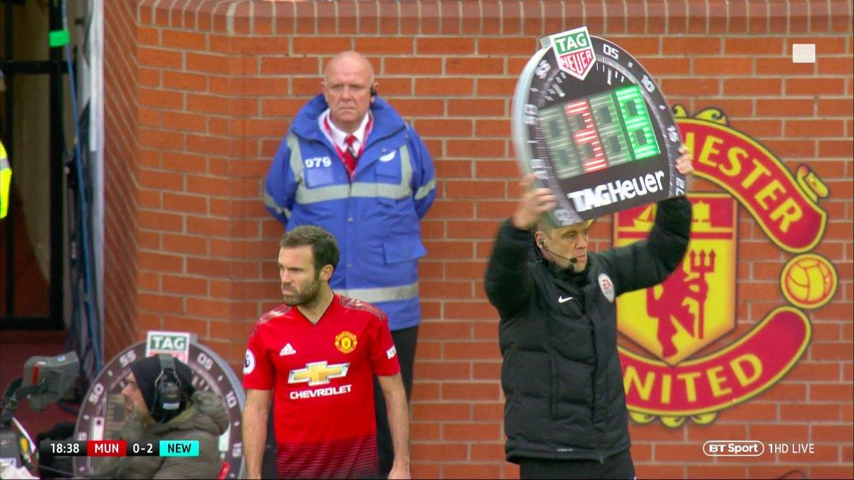 Mourinho opts for Mata to come on