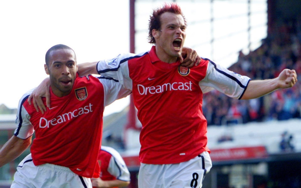 Only Ljungberg could pull off red hair