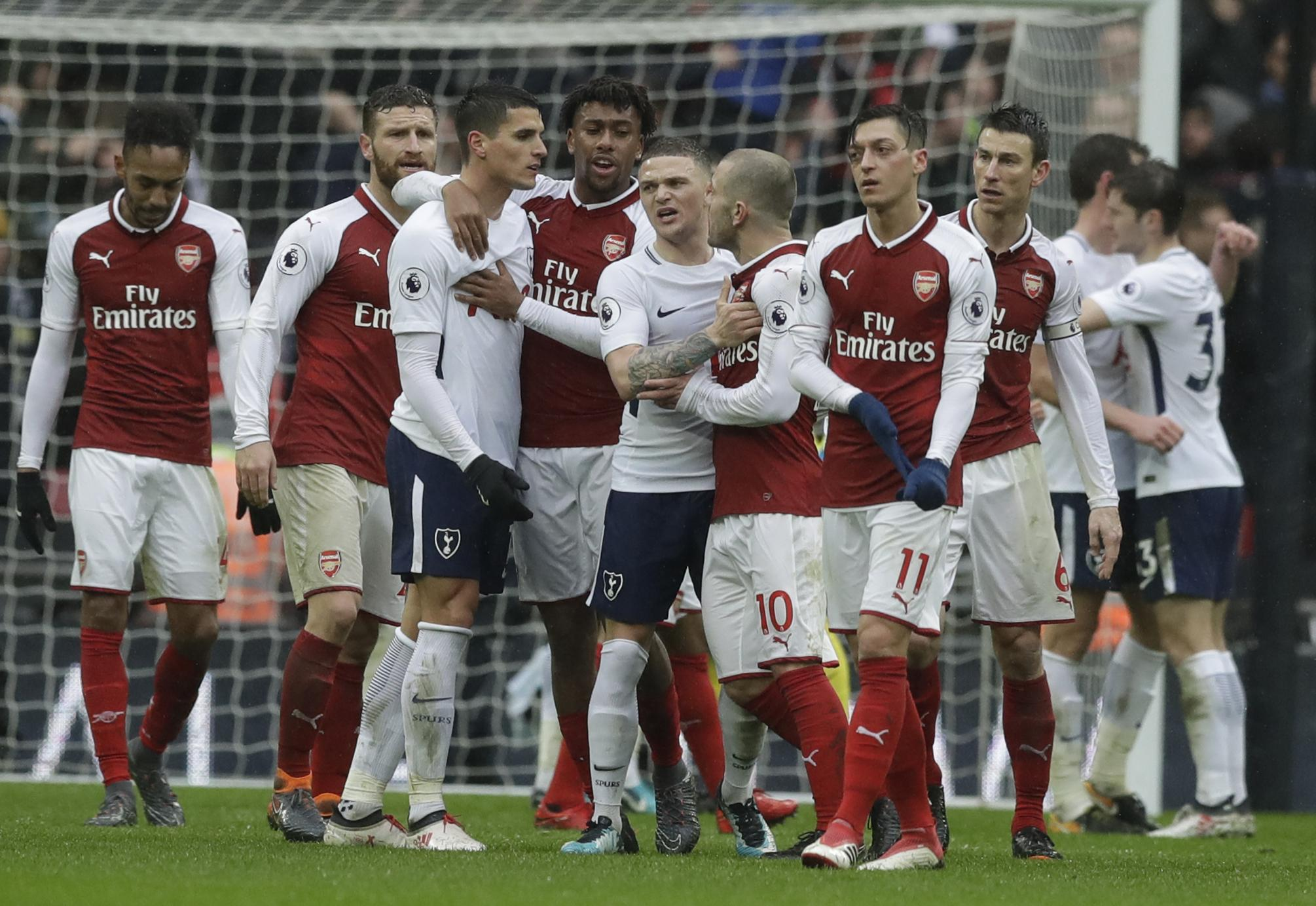 Trippier and Ozil's faces here are everything