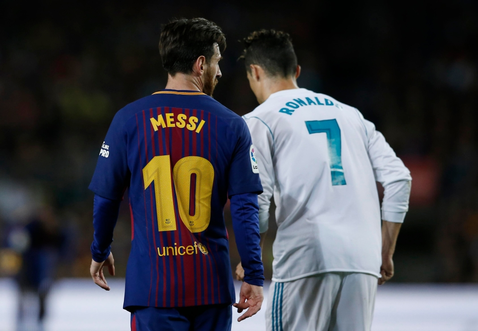 Some naive fools believe it is possible to have the opinion both of these people are very good at football. HAHAHAHA!
