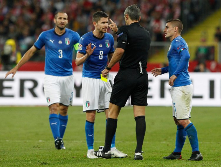 About to put the ref in a tiki-taka carousel