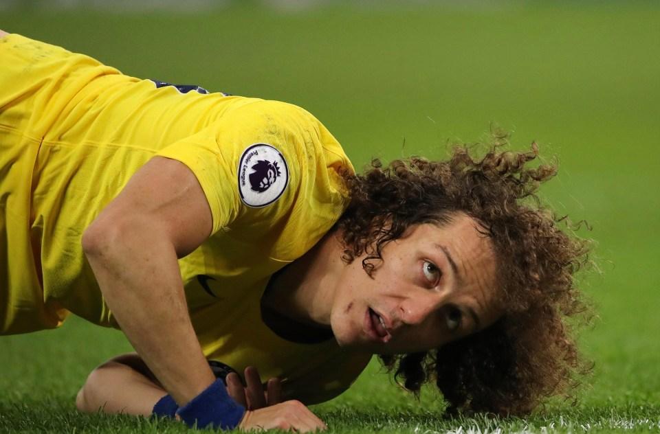 Spurs benefited from Luiz's poor judgement