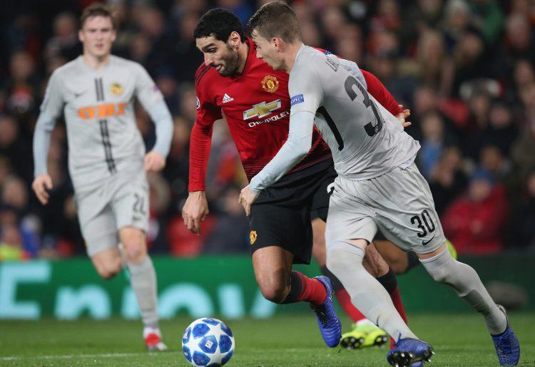 Fellaini kept a closer eye on the ball…