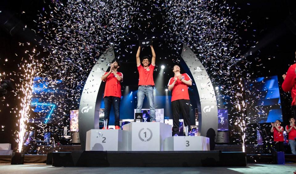 Igor Fraga celebrates his emphatic victory