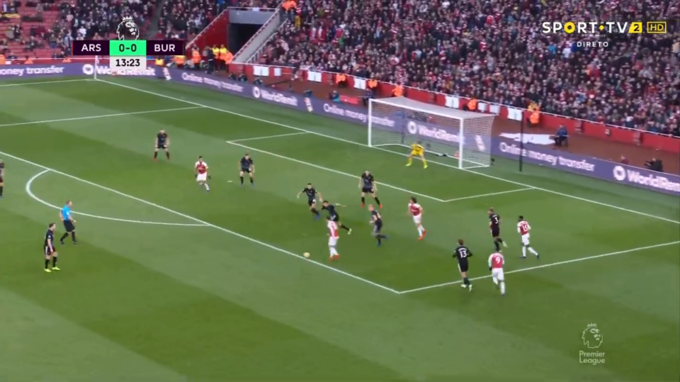 With Aubameyang seemingly the only player around, Ozil was about to pull off a madness