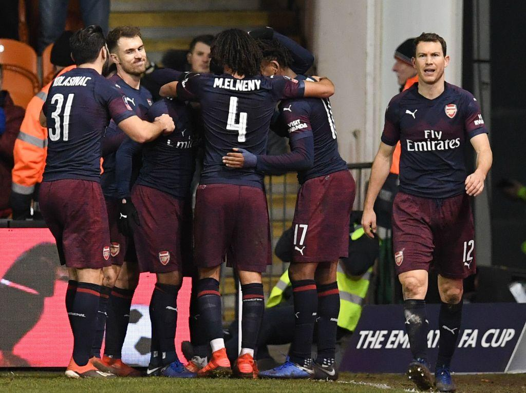 Arsenal strolled to a routine win against Blackpool in the third round