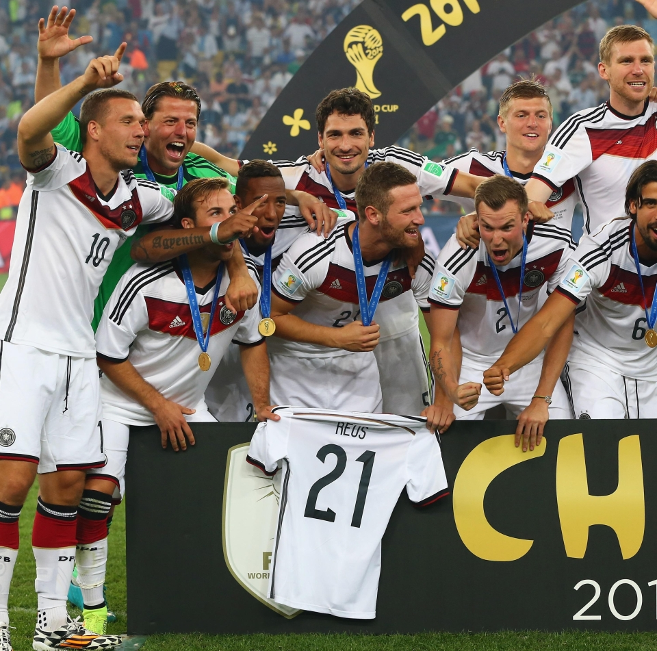 Gotze's honourable gesture